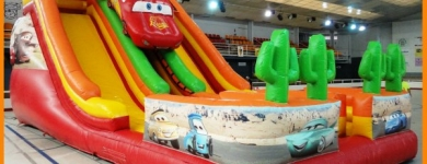 Inflable Rayo McQueen Gran – A partir de 6 anys – 13mx6mx6m