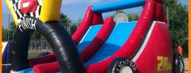 Inflable Rayo McQueen – A partir de 6 anys – 8mx5mx4m
