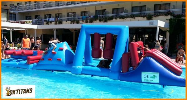 Plataforma d'aigua obstacles