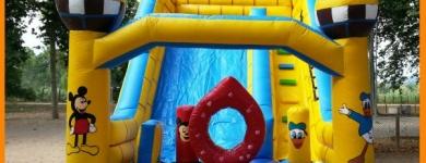 Saltador Castillo Disney