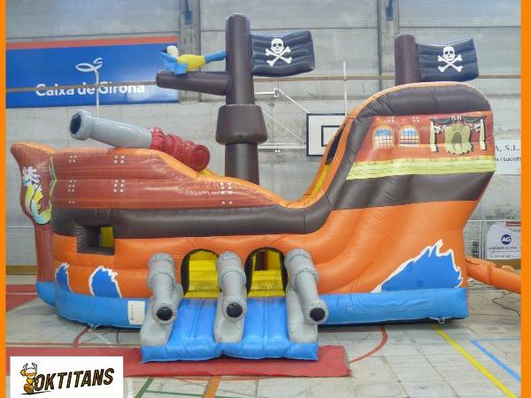 Vaixell pirata – de 1 a 8 anys – 6mx4mx4m
